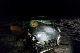 Un conducteur ivre éjecté de sa voiture à Matran