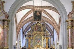 Un périple de l'auberge à la chapelle