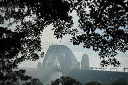 Sydney prise dans la fumée de brûlis