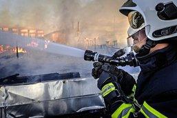 Chaque district gardera ses pompiers