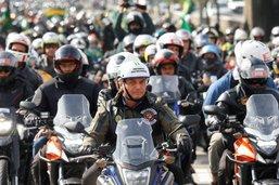 Bolsonaro condamné à 108 dollars d'amende pour non port du masque