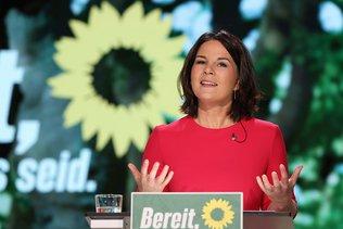 Les Verts serrent les rangs derrière leur candidate fragilisée