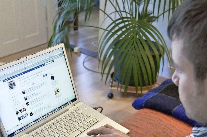 Les réseaux sociaux pointés du doigt