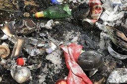 Il brûle ses déchets dans la forêt à Vuisternens-en-Ogoz